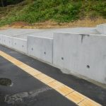 道路擁壁掘削工事