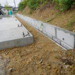 岩盤掘削擁壁